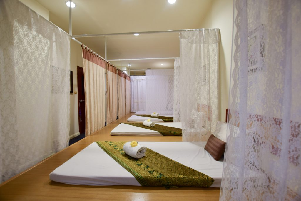The Color Living Hotel : The Massage