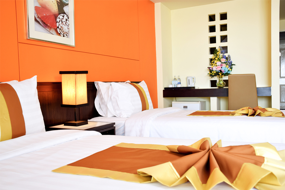 The Color Living Hotel : Deluxe Rooms
