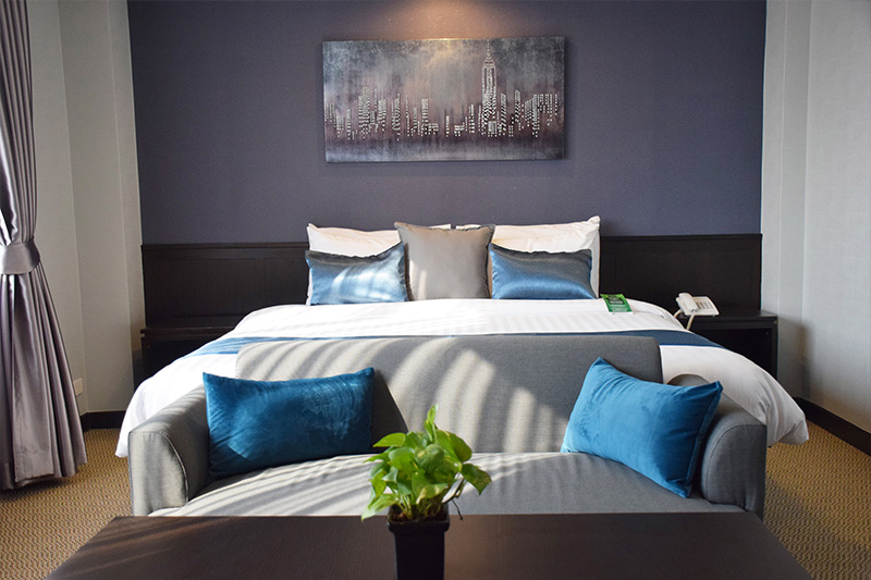 The Color Living Hotel : Suite Rooms